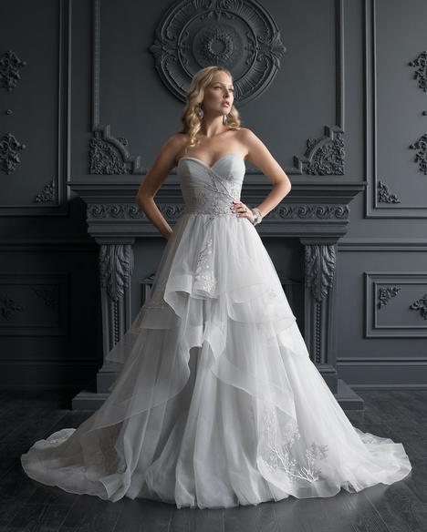 #5605 gown from the 2020 Romantic Bridals: Hearts Desire collection, as seen on dressfinder.ca