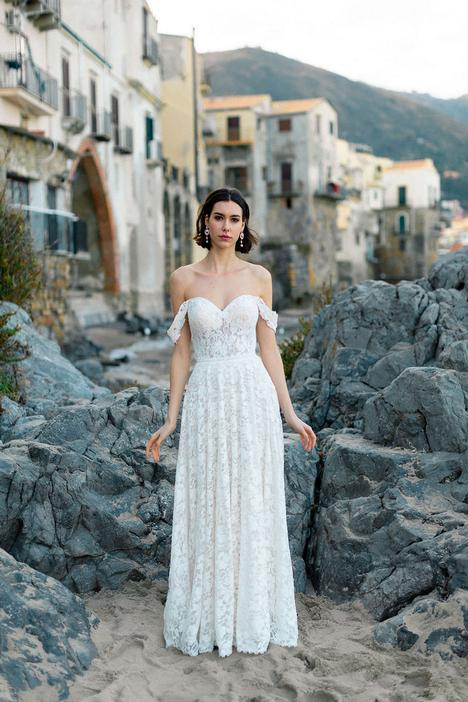 Sawyer (#F205) gown from the 2020 Wilderly Bride collection, as seen on dressfinder.ca