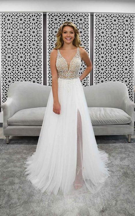 #7328 gown from the 2021 Stella York collection, as seen on dressfinder.ca