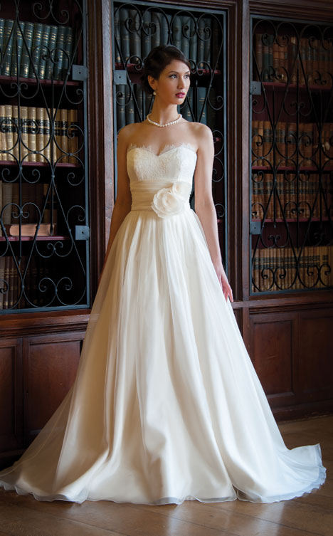 Ross gown from the 2014 Augusta Jones collection, as seen on dressfinder.ca