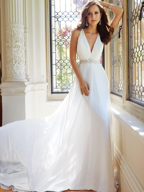 Joanne (Y21435) gown from the 2014 Sophia Tolli collection, as seen on dressfinder.ca