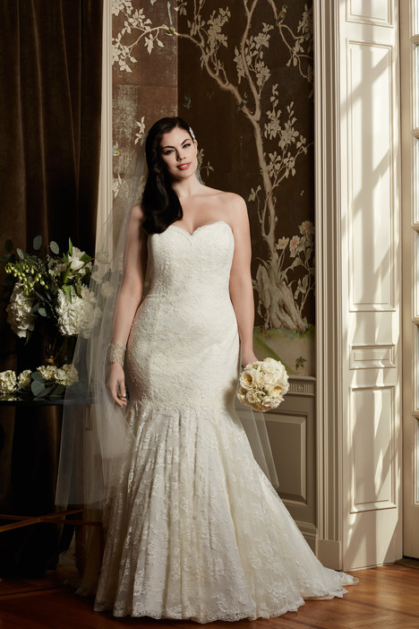 Pippin gown from the 2014 Wtoo Curve collection, as seen on dressfinder.ca