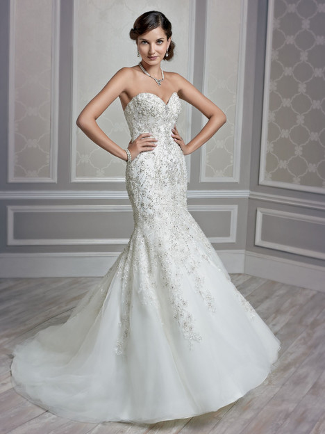 1591 gown from the 2015 Kenneth Winston collection, as seen on dressfinder.ca
