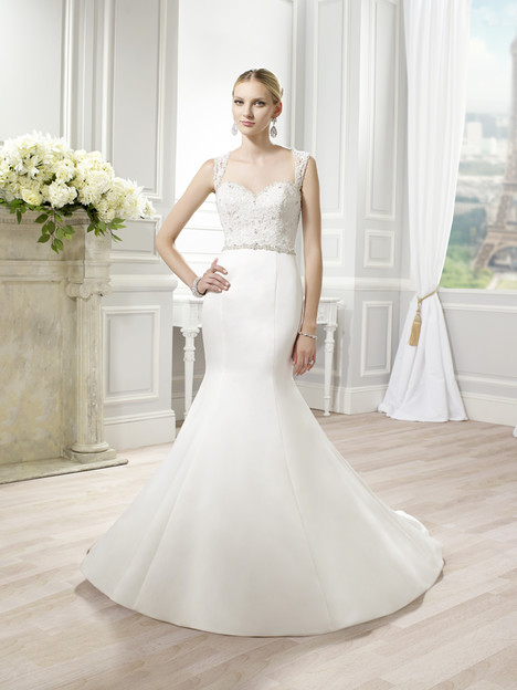 J6346 gown from the 2015 Moonlight : Collection collection, as seen on dressfinder.ca