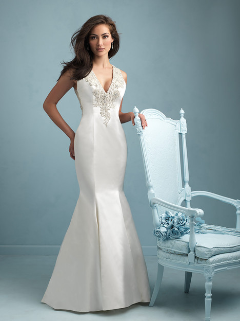 9219 gown from the 2015 Allure Bridals collection, as seen on dressfinder.ca