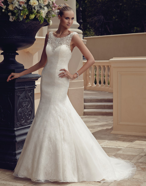 2185 gown from the 2015 Casablanca Bridal collection, as seen on dressfinder.ca