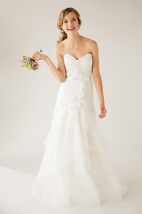 Exquisite gown from the 2015 Astrid & Mercedes collection, as seen on dressfinder.ca
