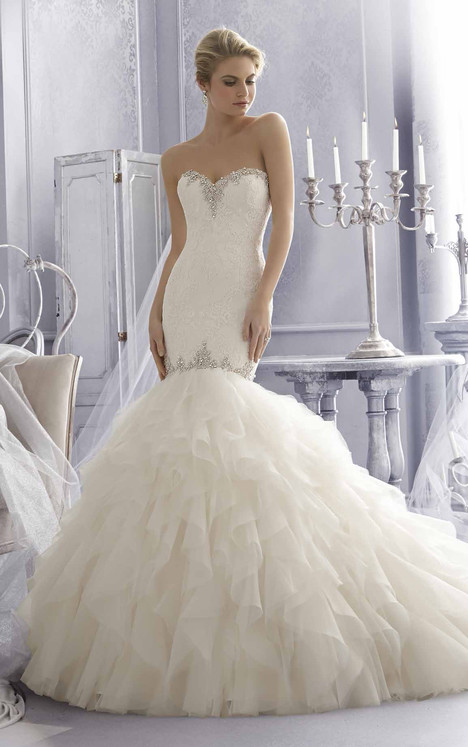 2685 gown from the 2015 Mori Lee: Bridal collection, as seen on dressfinder.ca