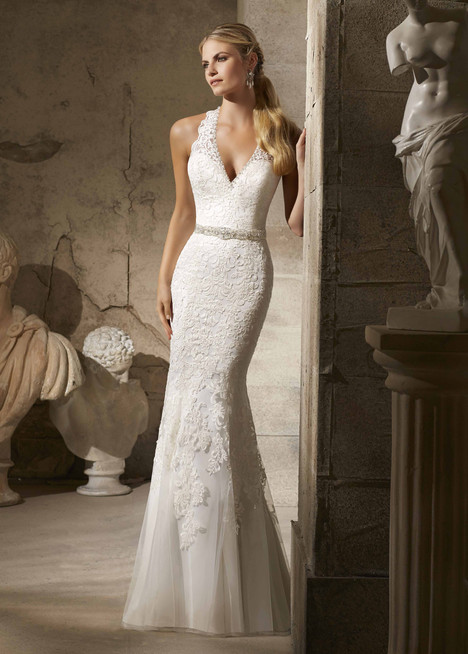 2712 gown from the 2015 Mori Lee: Bridal collection, as seen on dressfinder.ca