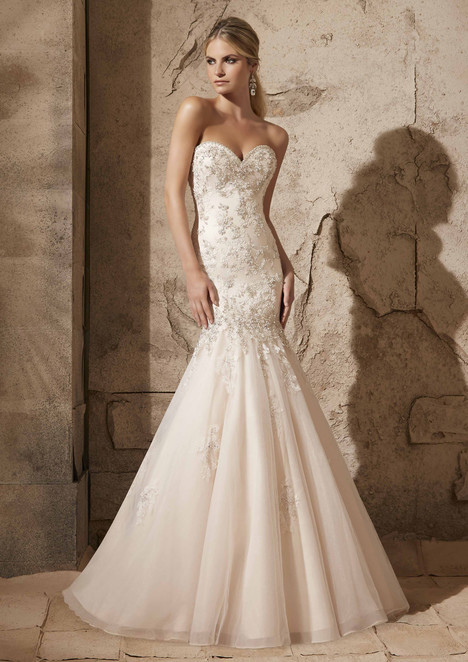 2721 gown from the 2015 Mori Lee: Bridal collection, as seen on dressfinder.ca