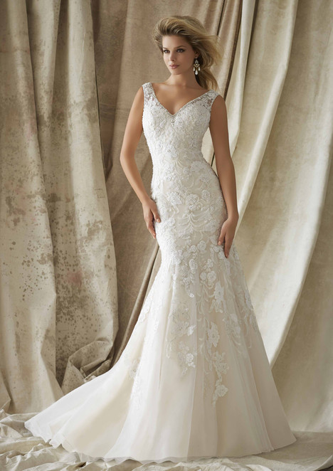 1324 gown from the 2015 Mori Lee: AF Couture collection, as seen on dressfinder.ca