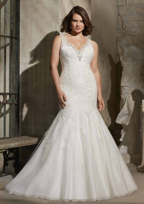 3171 gown from the 2015 Mori Lee: Julietta collection, as seen on dressfinder.ca