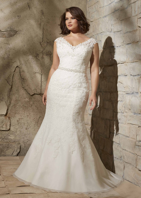 3172 gown from the 2015 Morilee Julietta collection, as seen on dressfinder.ca