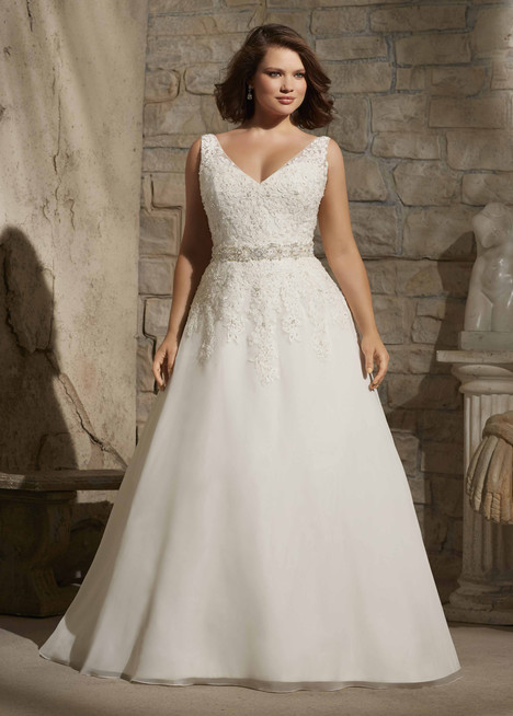 3173 gown from the 2015 Mori Lee: Julietta collection, as seen on dressfinder.ca