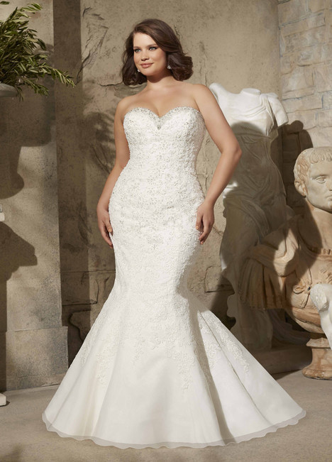 3174 gown from the 2015 Mori Lee: Julietta collection, as seen on dressfinder.ca