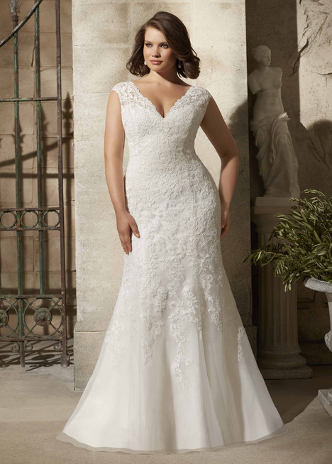 3177 gown from the 2015 Morilee Julietta collection, as seen on dressfinder.ca