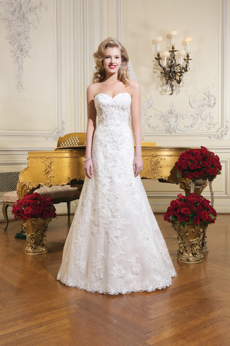 8752 gown from the 2015 Justin Alexander collection, as seen on dressfinder.ca
