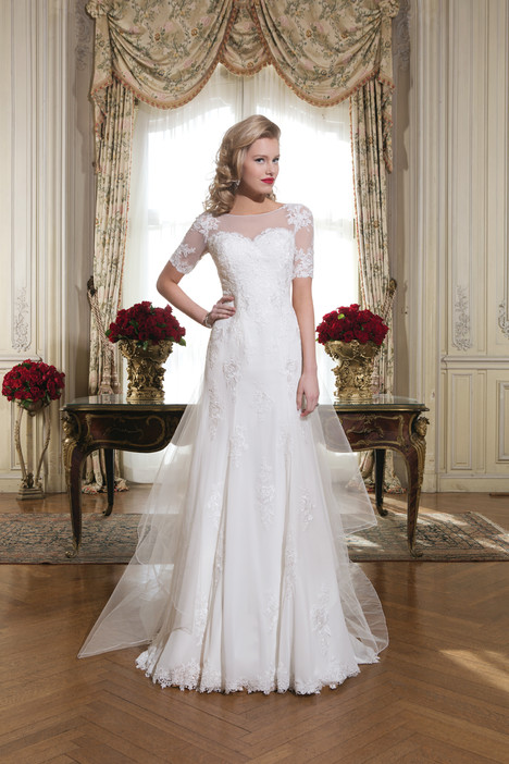 8768 gown from the 2015 Justin Alexander collection, as seen on dressfinder.ca