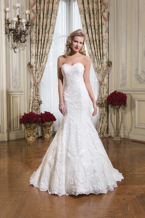 8776 gown from the 2015 Justin Alexander collection, as seen on dressfinder.ca