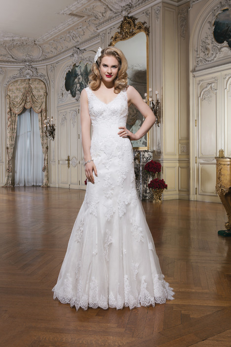8780 gown from the 2015 Justin Alexander collection, as seen on dressfinder.ca