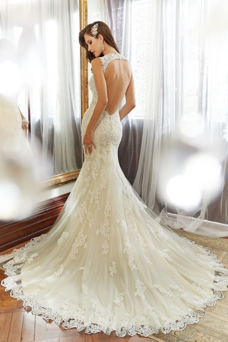 Robin (Y11554) (back) gown from the 2015 Sophia Tolli collection, as seen on dressfinder.ca