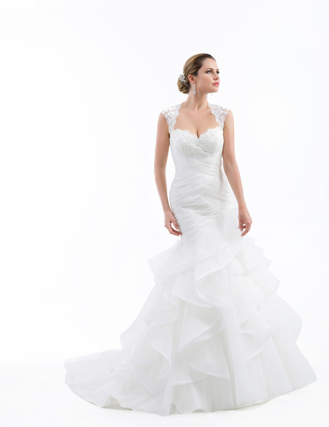 VE8688 gown from the 2015 Venus Bridal collection, as seen on dressfinder.ca