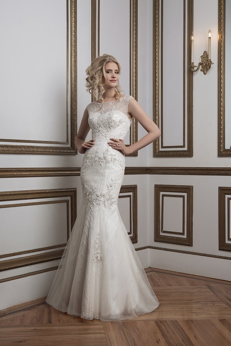8785 gown from the 2016 Justin Alexander collection, as seen on dressfinder.ca