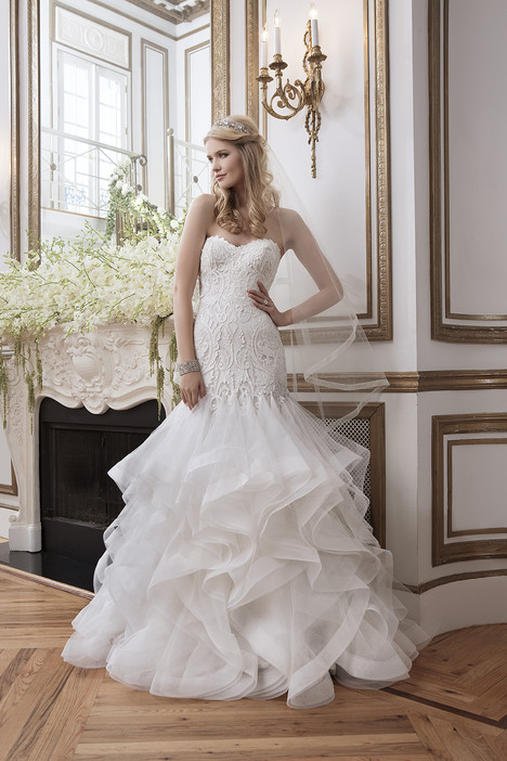 8795 gown from the 2016 Justin Alexander collection, as seen on dressfinder.ca