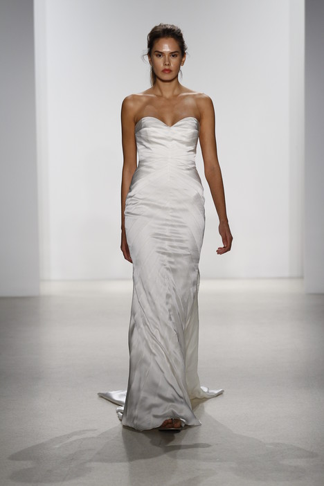 Drue gown from the 2016 Kelly Faetanini collection, as seen on dressfinder.ca
