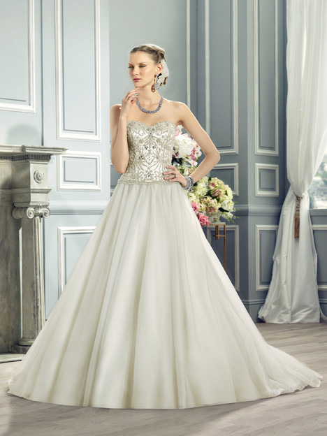 J6371 gown from the 2015 Moonlight : Collection collection, as seen on dressfinder.ca