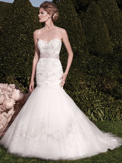 2138 gown from the 2010 Casablanca Bridal collection, as seen on dressfinder.ca