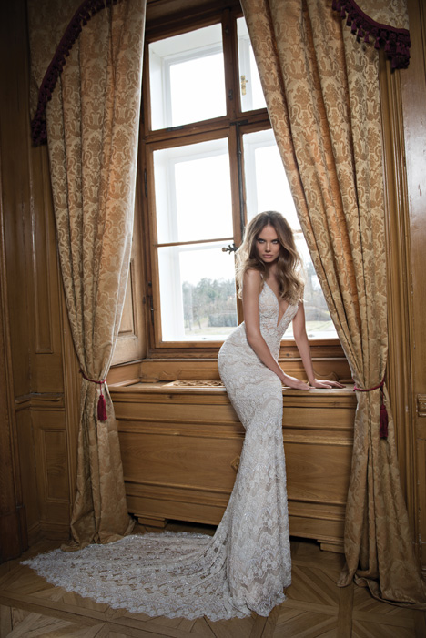 15-102 gown from the 2015 Berta Bridal collection, as seen on dressfinder.ca