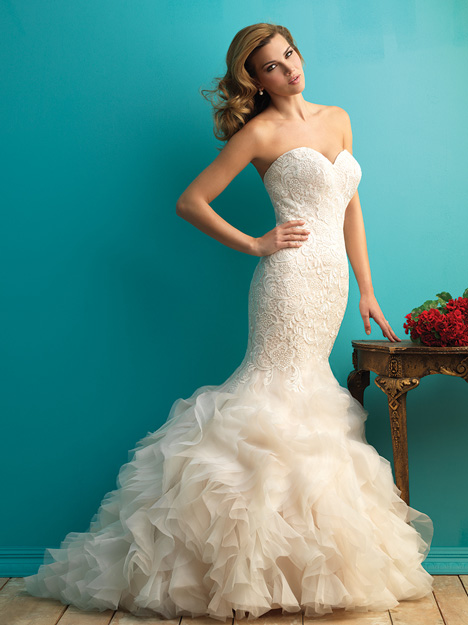 #9254 gown from the 2015 Allure Bridals collection, as seen on dressfinder.ca