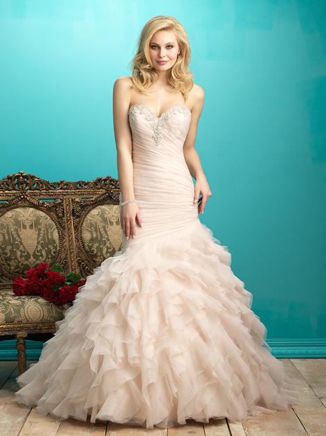 #9267 gown from the 2015 Allure Bridals collection, as seen on dressfinder.ca