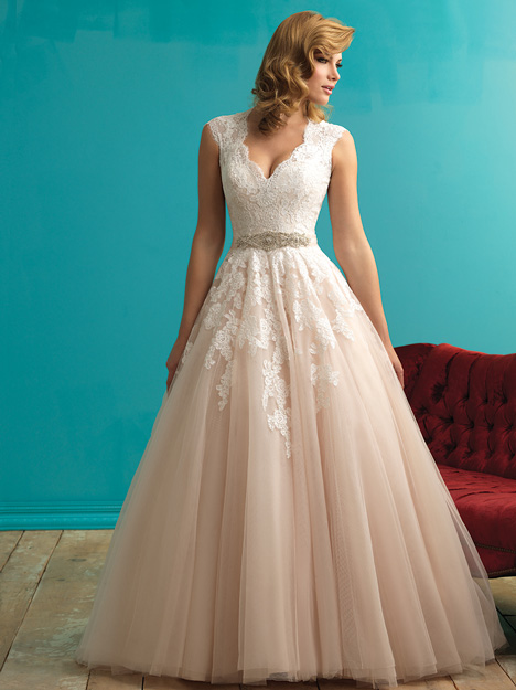 9272 gown from the 2015 Allure Bridals collection, as seen on dressfinder.ca