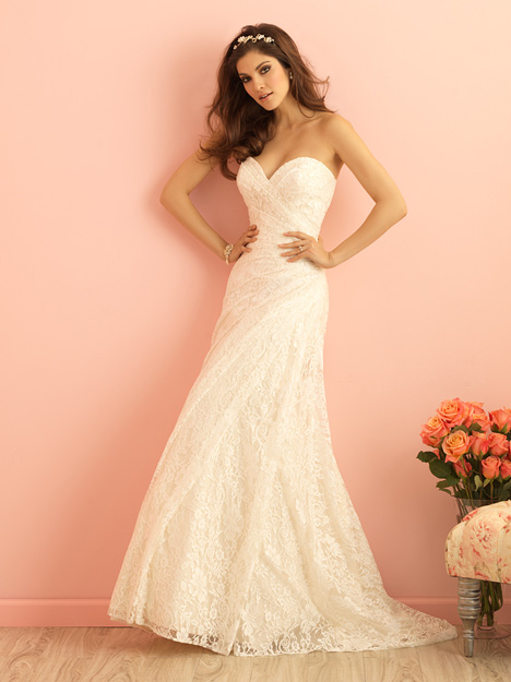 2845 gown from the 2015 Allure Bridals : Allure Romance collection, as seen on dressfinder.ca