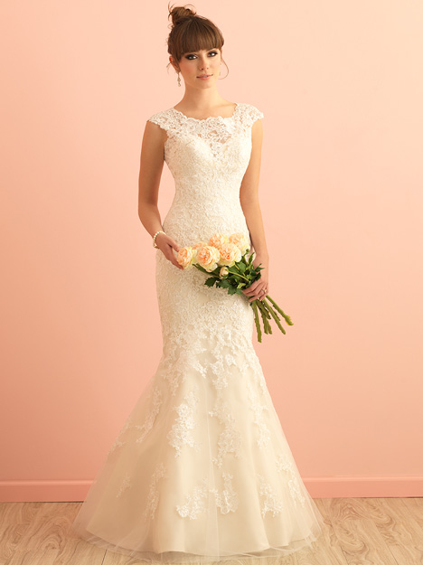 2864 gown from the 2015 Allure Romance collection, as seen on dressfinder.ca