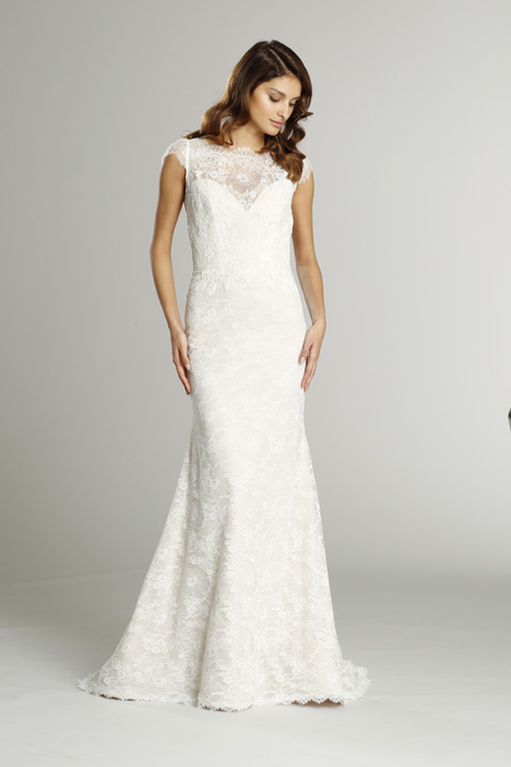 9552 gown from the 2015 Alvina Valenta collection, as seen on dressfinder.ca