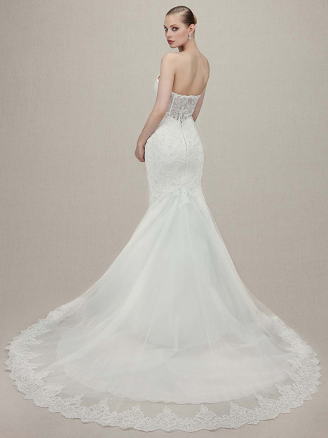 Kenzington (2) gown from the 2016 Enzoani collection, as seen on dressfinder.ca