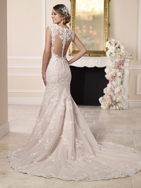 6146 (2) gown from the 2016 Stella York collection, as seen on dressfinder.ca