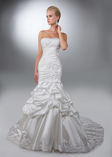 50084 gown from the 2014 DaVinci collection, as seen on dressfinder.ca