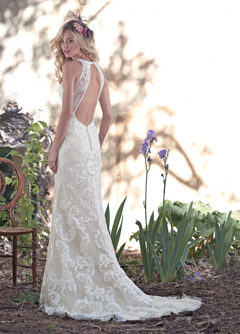 Blaise (2) gown from the 2016 Maggie Sottero collection, as seen on dressfinder.ca