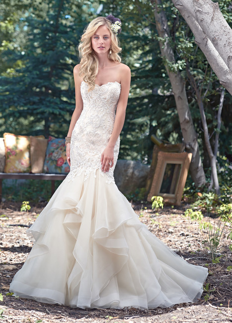 Malina gown from the 2016 Maggie Sottero collection, as seen on dressfinder.ca