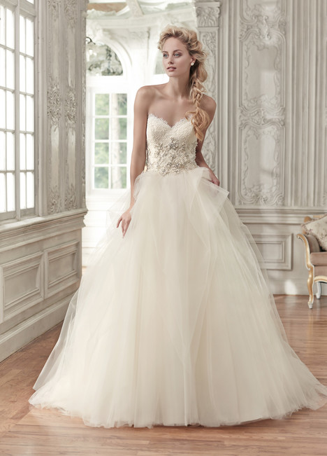 Aracella gown from the 2016 Maggie Sottero collection, as seen on dressfinder.ca