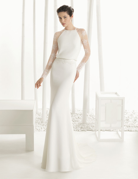 Diverso gown from the 2016 Rosa Clara Couture collection, as seen on dressfinder.ca