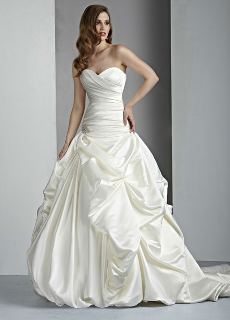 50004A gown from the 2015 DaVinci collection, as seen on dressfinder.ca