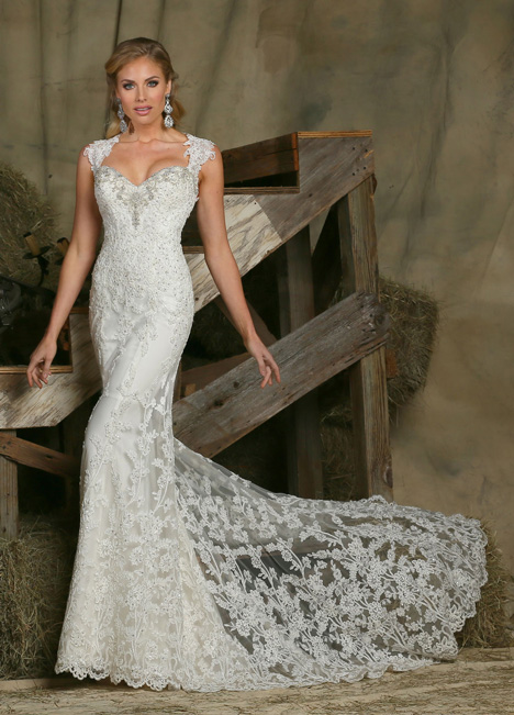 50336 gown from the 2015 DaVinci collection, as seen on dressfinder.ca