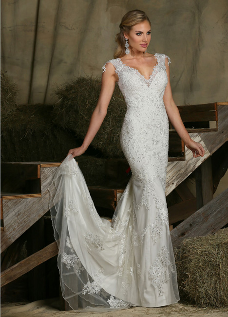 50335 gown from the 2015 DaVinci collection, as seen on dressfinder.ca