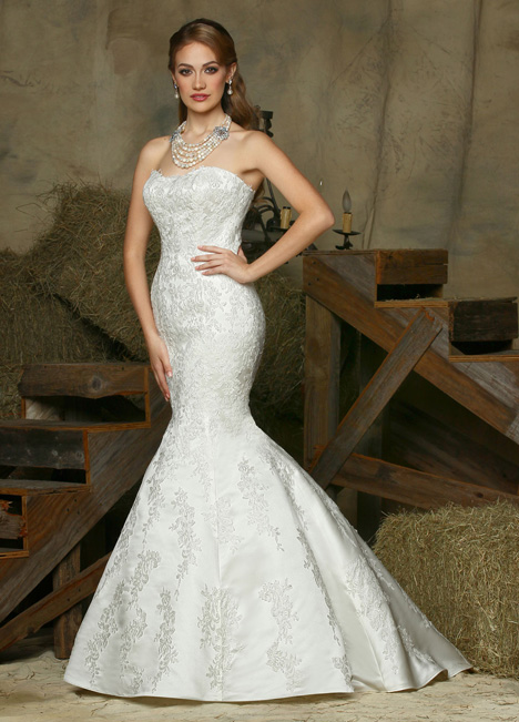 50332 gown from the 2015 DaVinci collection, as seen on dressfinder.ca
