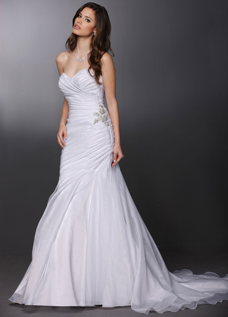 50281 gown from the 2015 DaVinci collection, as seen on dressfinder.ca
